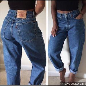 Levi's 560 High Rise Waist Mom Jeans